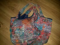women's multicolored floral shoulder bag Dartmouth, B3A 0A9