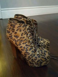 pair of brown leopard print high-top sneakers Toronto, M9V 5E3