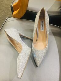 Steve Madden Daisy pumps size 10 ( great for size 9,9.5) Norcross, 30093