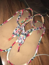 pair of women's brown-pink-and-gray leather sandals Stockton, 95206