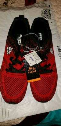 pair of red-and-black Nike basketball shoes Eugene, 97402