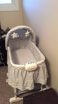 Baby's gray and white chevron bassinet Sherwood Park, T8A 0Z8