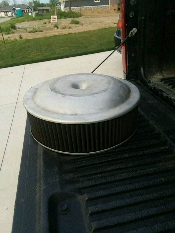 4 inch Holley air cleaner.