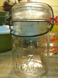 Atlas canning jar with lid Baltimore, 21224
