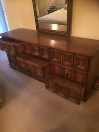 Dark wood bedroom set  Pitt Meadows