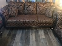 Couch for sale Toronto, M6B 2G8