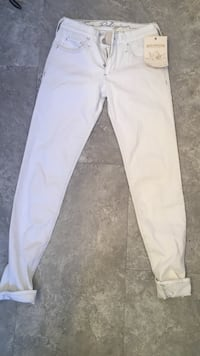 White true religion jeans Mississauga, L5N 2G1