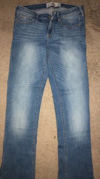 Hollister jeans size 28 Midwest City, 73110