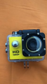 yellow and black action camera Star, 83669