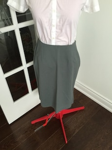 Excellent Grey medium to small skirt