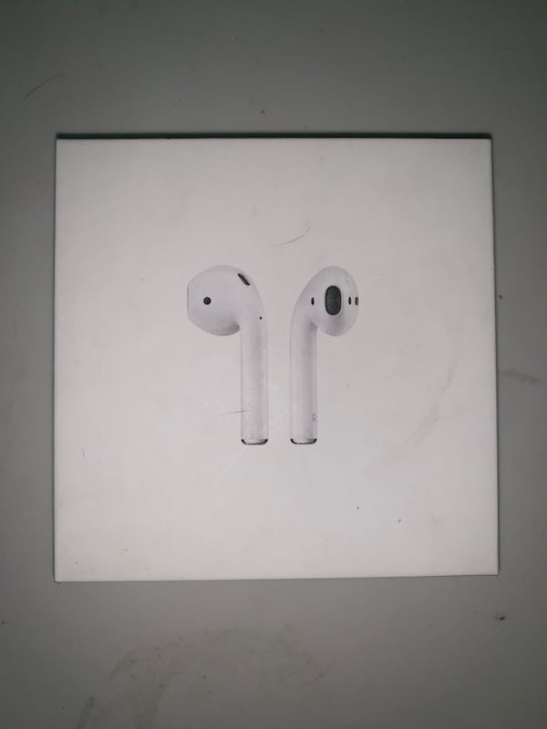 Sold Apple Airpods 1st Gen Box Only In Saint Rose Letgo