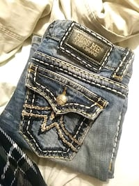 blue Miss Me denim bottoms Bakersfield, 93308