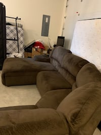 Ashley furniture sectional  Meridian, 83642