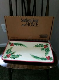 2 Southern Living Christmas Appetizer Platters Centreville, 20120