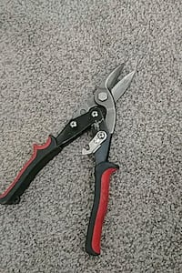 black and red shears Edmonton, T5Z 3R3