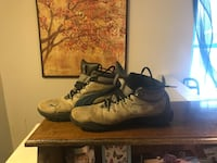pair of black Nike basketball shoes Sudbury, P3C 2J5