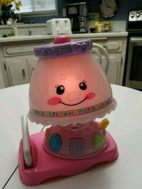 Fisher-Price light up lamp sings talks different colors Colton, 92324