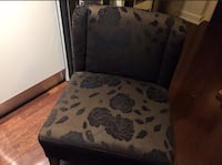 Brown and black couch sofa chair accent chair 538 km