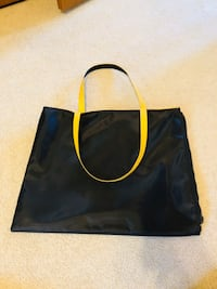 CLEO Women's Bag Richmond Hill, L4C 6V4
