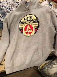 XL obey sweater  Winnipeg, R3T 3L3