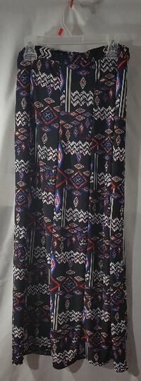 """""""CANDY COUTURE"""" LADIES LONG SKIRT SIZE L/XL"""