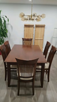 Dining table (extendable) and chairs set