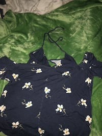 American Eagle floral top  Cary, 27518