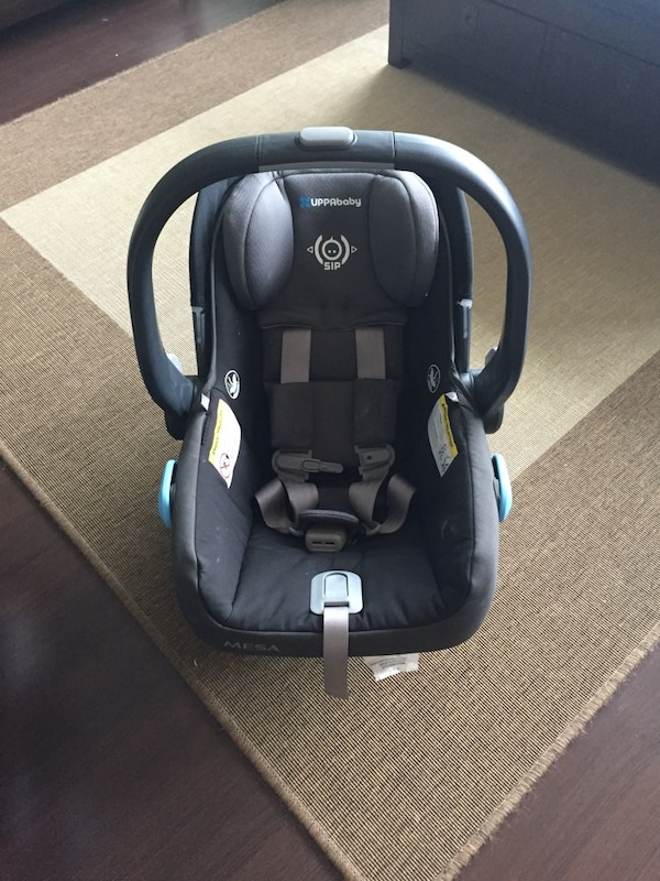 UppaBaby MESA Car Seat 2015 Jake Base