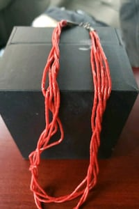 Red coral strand necklace Amarillo, 79109