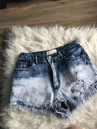 Gorgeous high waisted ombré shorts size 1 Waterloo, N2T 1Z9