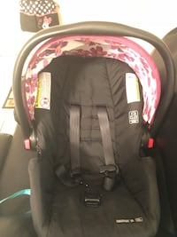Infant car seat w/base  Kissimmee, 34746