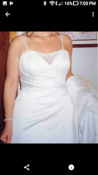 Wedding dress, size 12. crystal beads. Toronto, M3L 1A3