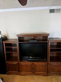 Entertainment center Fresno, 93722