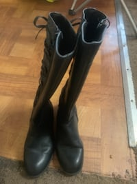 Girls winter boot size 1 CANTON