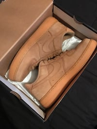 Low Top Wheat Air Forces size 10.5 Byhalia, 38611