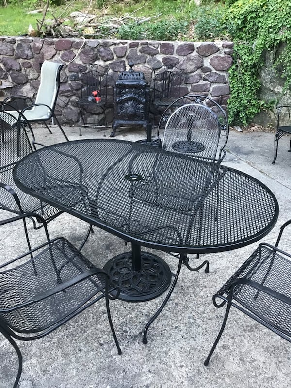 Wrought iron patio set with matching bench and cast iron stand 6821876e-a4bd-4125-921d-ecc203b1c346