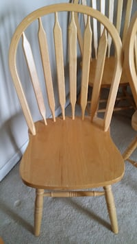 FREE 4 wooden chairs