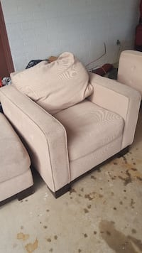 5 pc sofa, chair, ottoman and 2 end tables