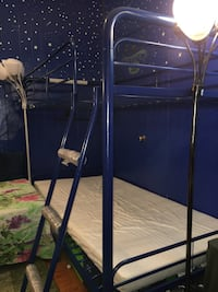 Twin Upper twin bunk bed