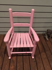 Pink and white wooden rocking chair Seattle, 98117