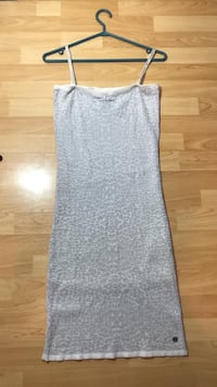 Summery Guess Bodycon White Dress With Silver Glitter Burnaby, V5C 4S7