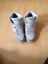 Chaussures athlétiques Nike Chaussures Merville, 59660