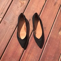 size 8/9 H&M pointed flat shoes Simpsonville, 29681
