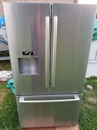 BOSH FRIDGE * Like Brand New * About 3 Years Old Kingston, K7P 2Z1