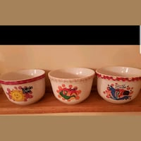 Antique cereal bowls  Whitby, L1N 8X2