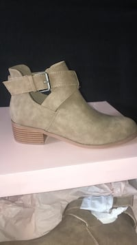 Size 5.5 -BRAND NEW Boots! San Diego, 92122
