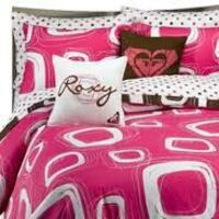 Roxy Comforter (full), Pillow Shams and Toss Cushions Oakville