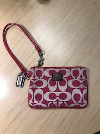 Coach  Wristlet -Very Good condition