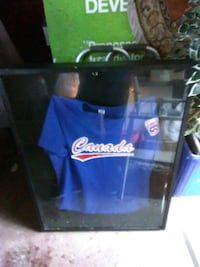 Shadow box.(jersey)