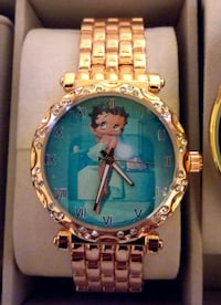 Betty Boop round gold-colored watch Queens